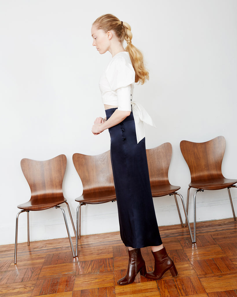 The Enok Skirt in Midnight Blue