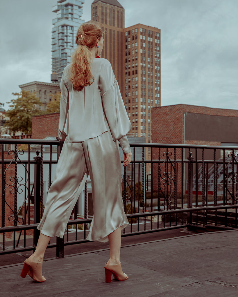 The Janie Pant in Shimmery Sand