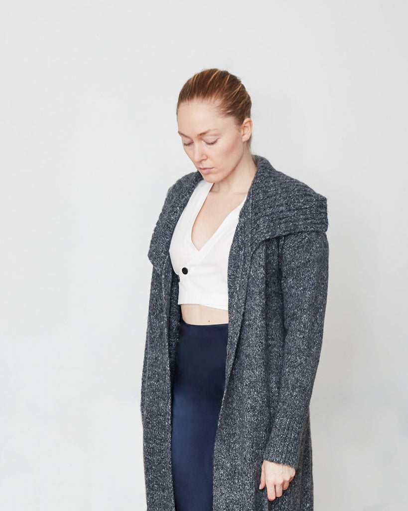 The Johan Cardigan in Ashes - INGA-LENA