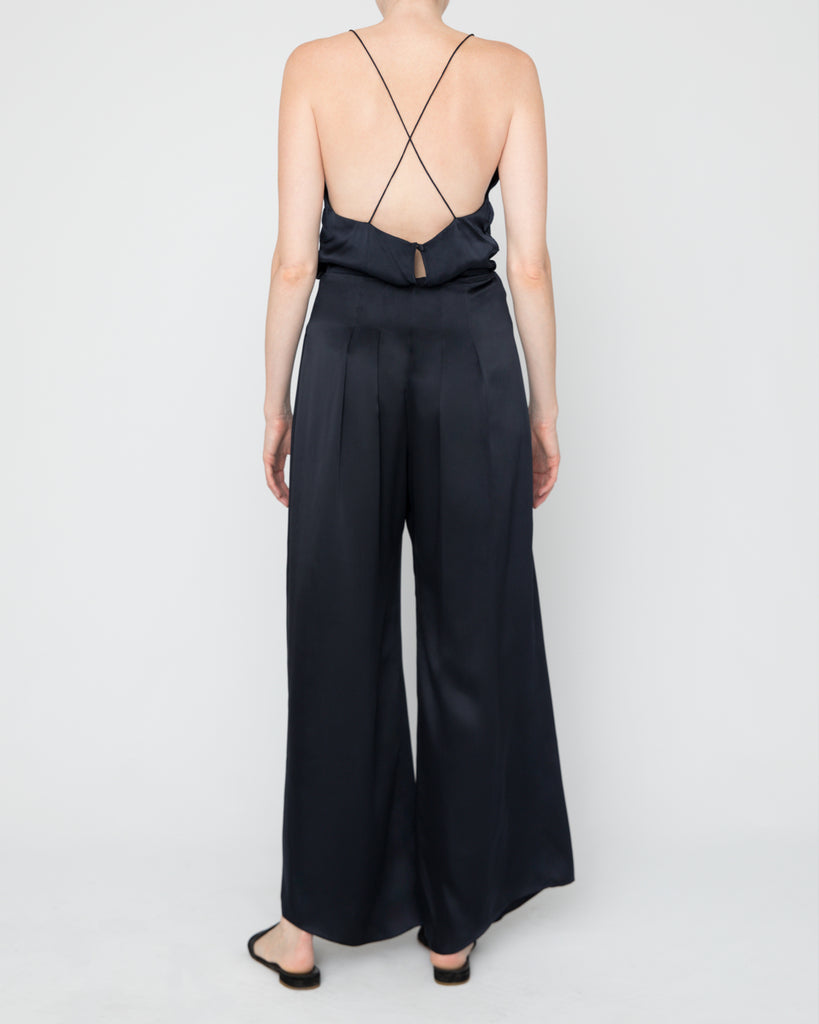 The Veiga Pant in Midnight Blue