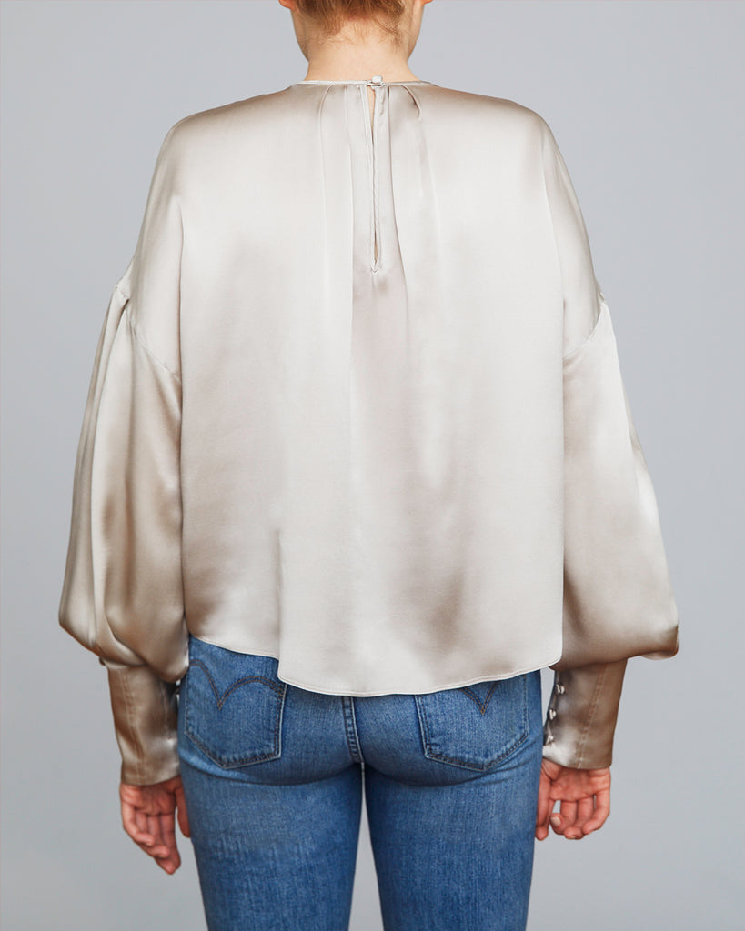 The Ylva Blouse in Shimmery Sand