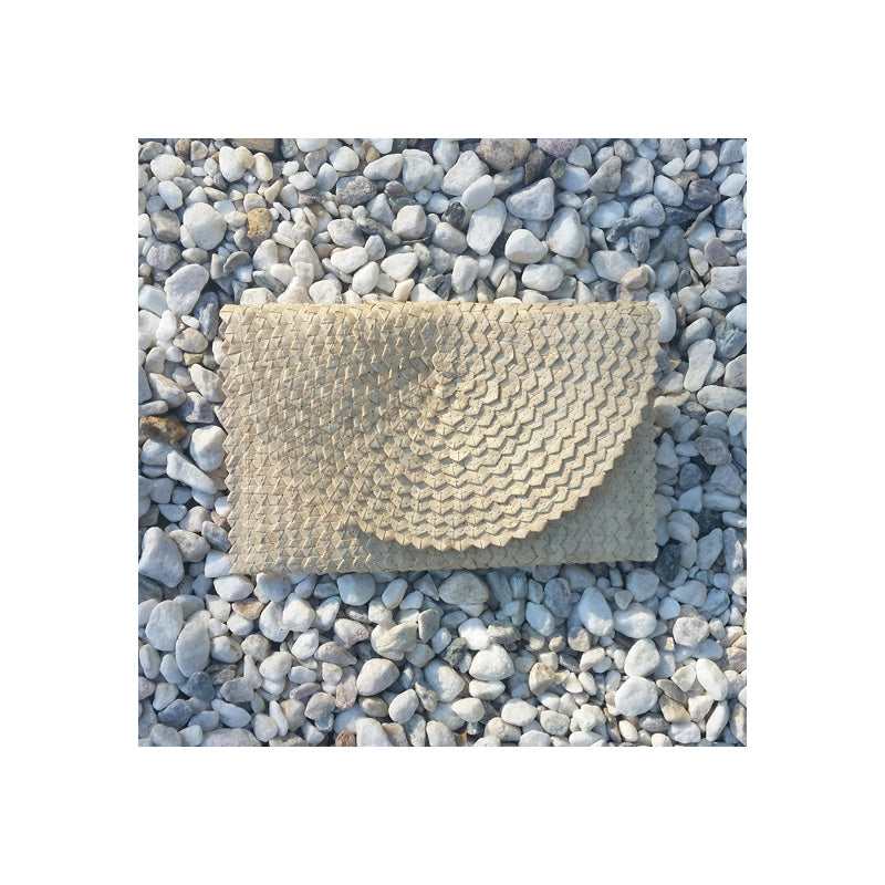 Cali Woven Palm Clutch - Natural ON SALE! - Sumavi