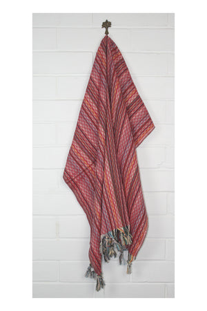 Noosa Nomad Turkish Towel - Ruby - Sumavi
