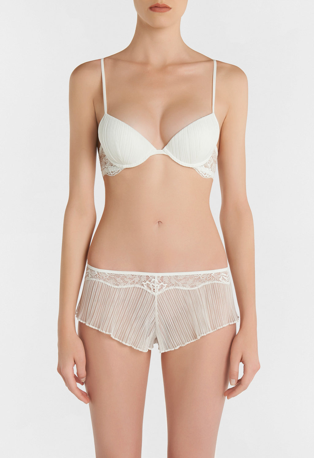 Off-White Push up Bra in Pleated Tulle and Leavers Lace