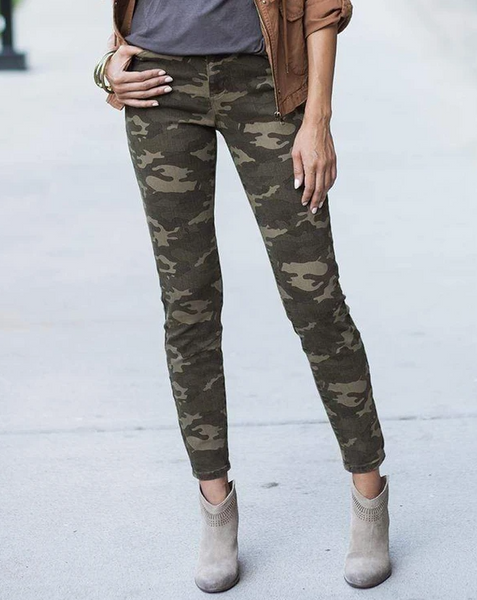 Trend Hunting Camo Mid-Rise Jeggings