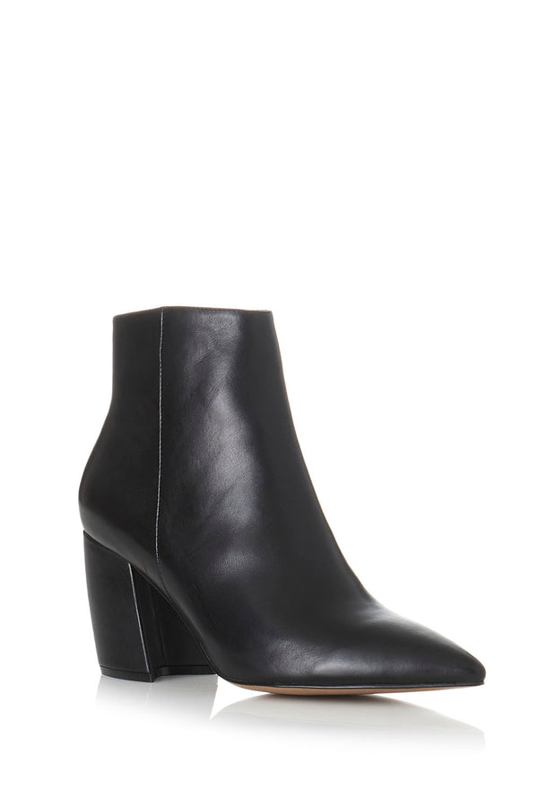 Alias Mae Akaara Boot Black