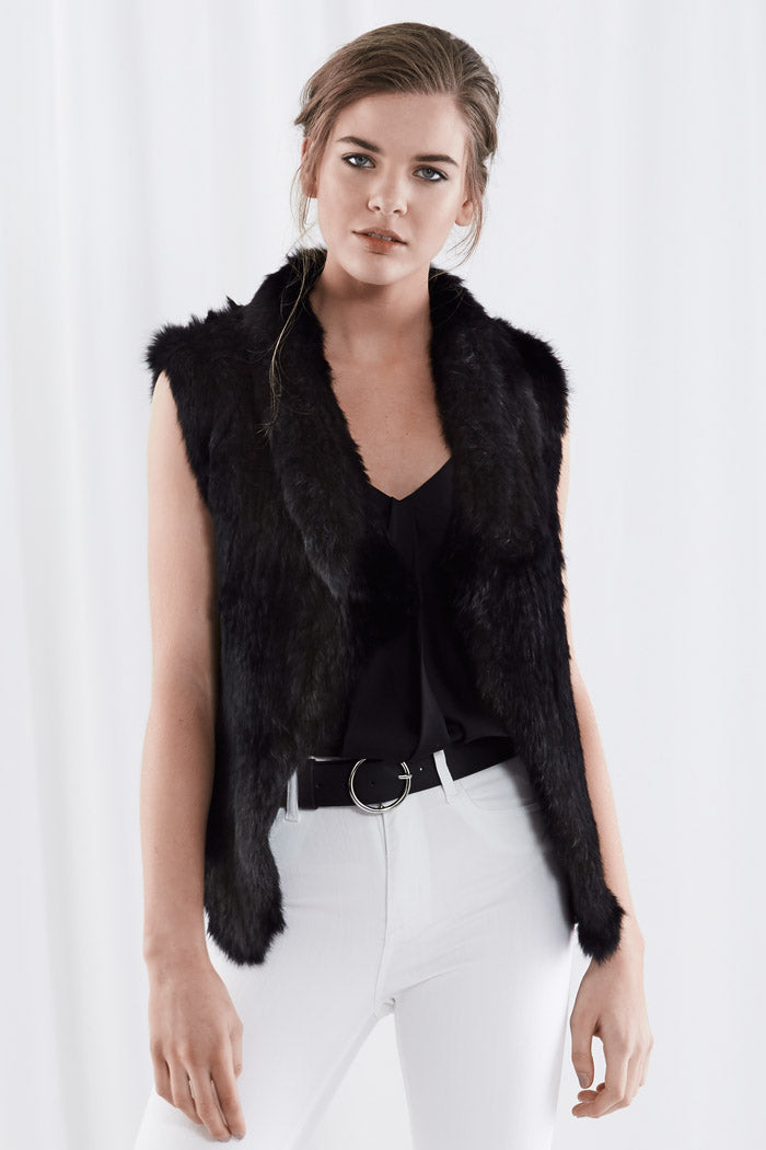 Test Pia Fur Vest Black
