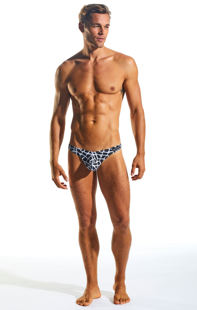 Cocksox CX05WD Underwear Thong in Giraffe full body image