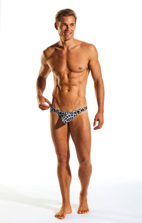 Cocksox CX22PR Swimwear Thong in Giraffe print full body image