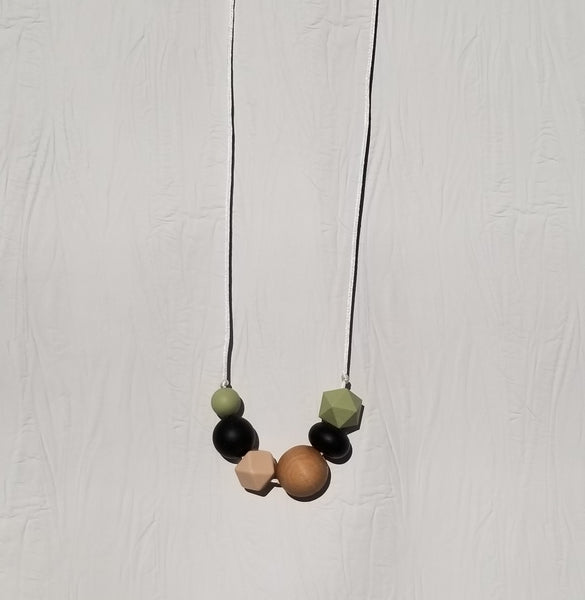 Silicone Teething Necklace for Mom by Hart & Arrow