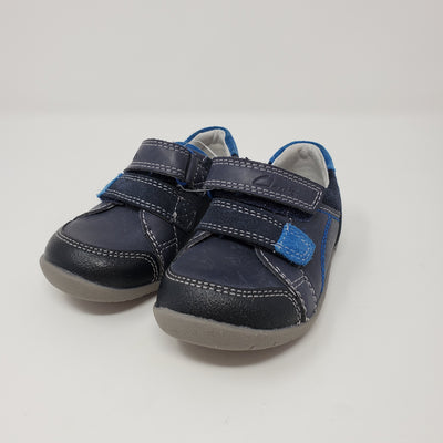 Clarks Shoe Leather NEW, Blue, size 4