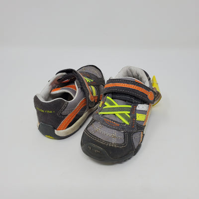 Stride Rite Runners, Grey, size 5