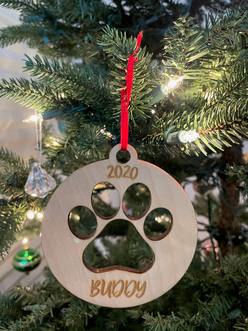 Personalized Dog's 2020 Laser Cut Paw Wooden ornament