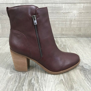 NIB $160 Naturalizer Women's Kala Booties, Bordo Sz. 7W