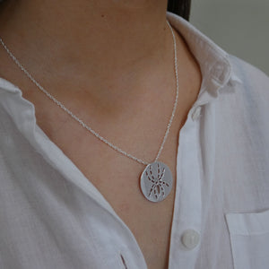 Sterling Silver Spider Necklace - Damhán Alla