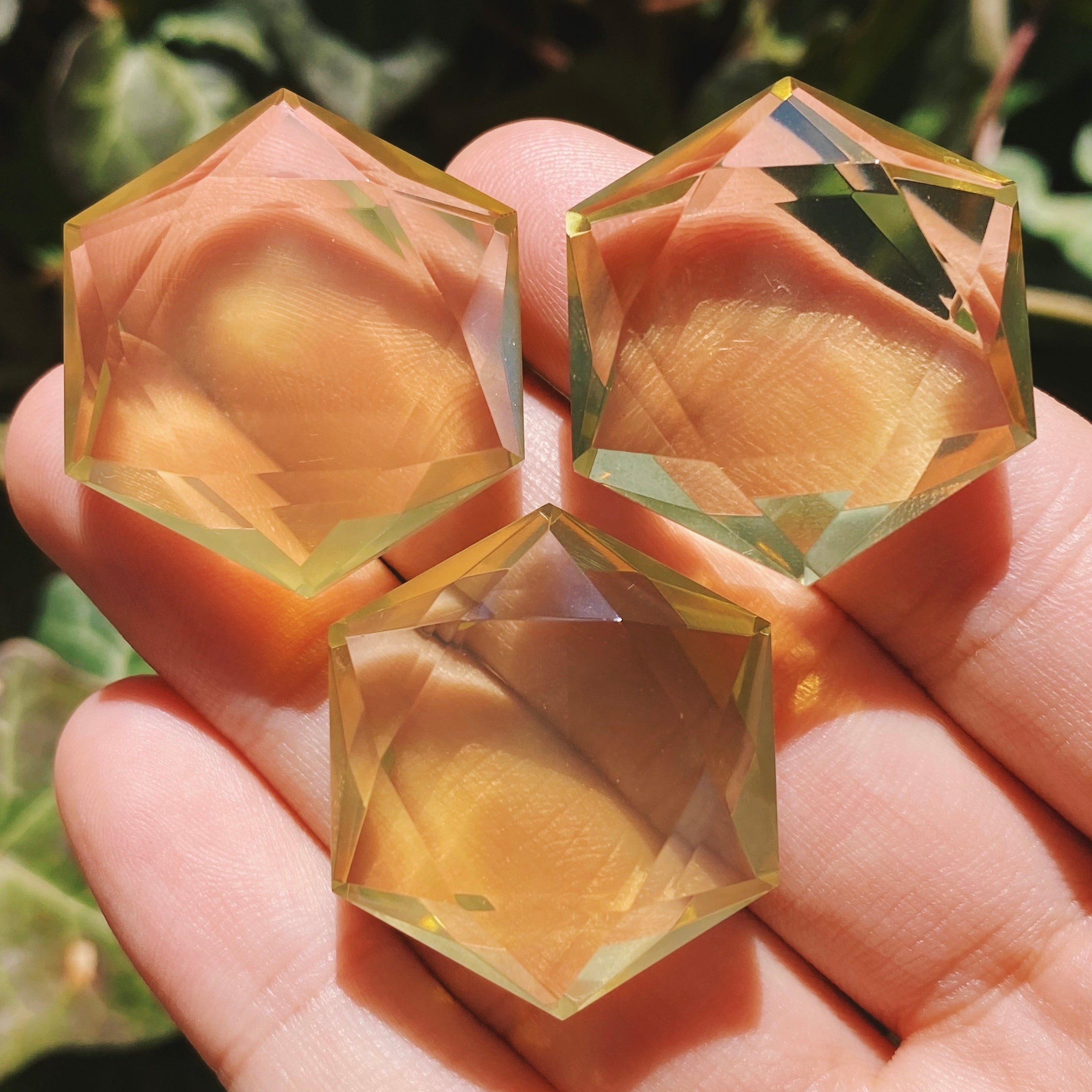 (1) Golden Amethyst Mini Hexagon