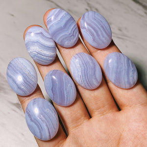 (1) Blue Lace Agate Oval Cabochon