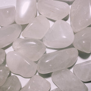 (1) Clear Quartz Tumbled
