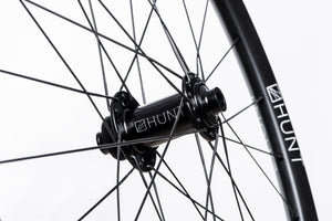 HUNT 650B Adventure Carbon Disc Wheelset + Tyres