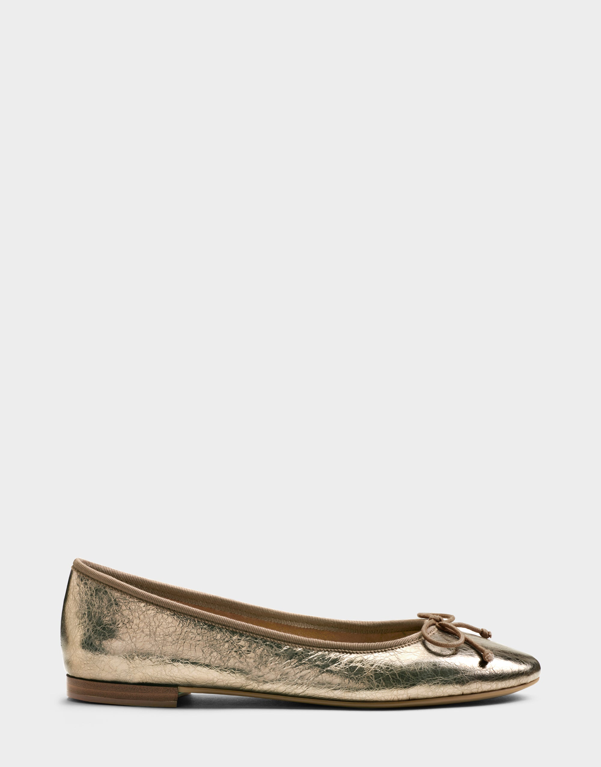 Retro Vintage Flats and Low Heel Shoes Aerosoles Homerun - Champagne Metallic Genuine Leather  12  Medium $89.00 AT vintagedancer.com
