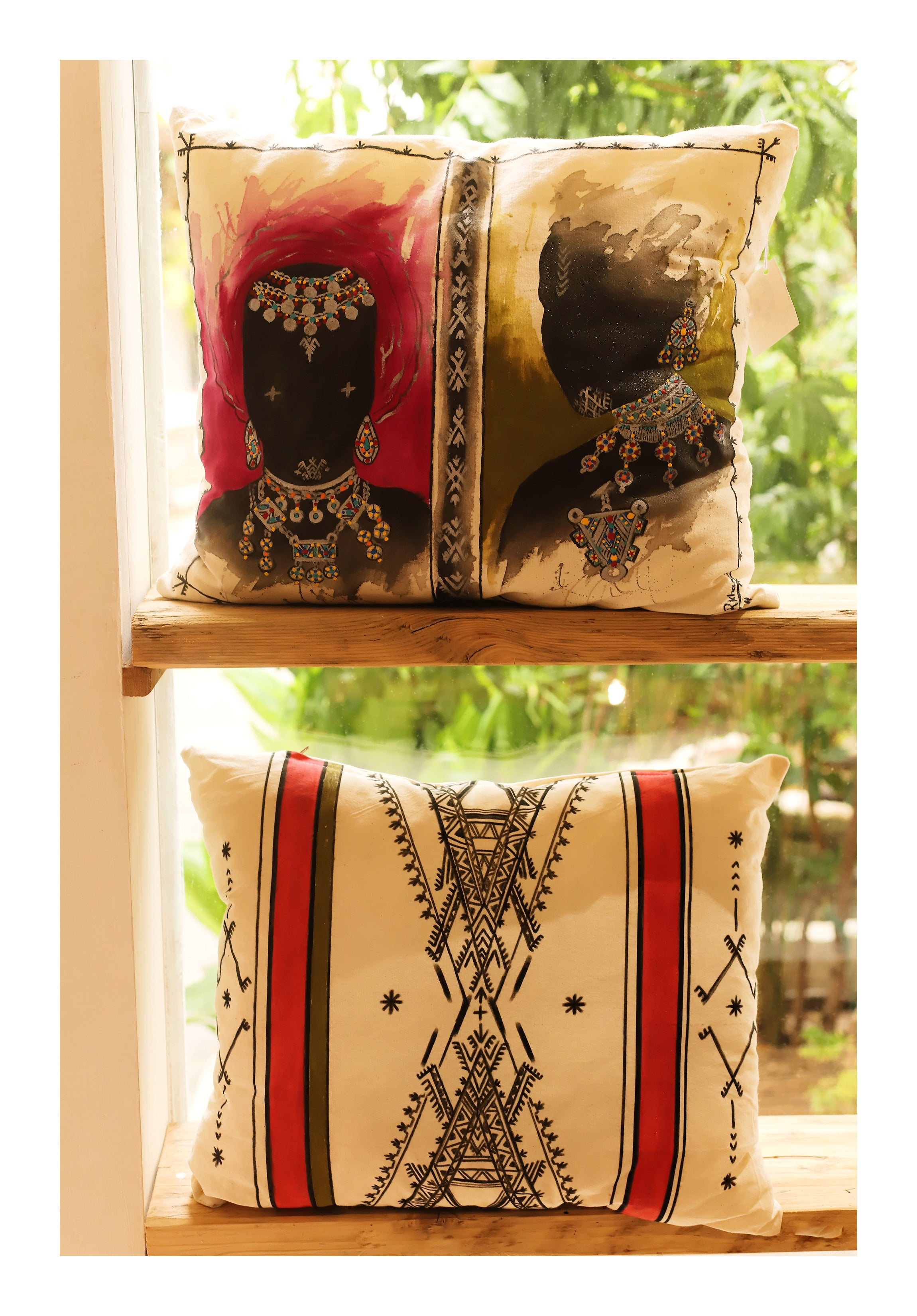 BERBER QUEENS - Handpainted Pillow cover by Fatimazahra Rkhami