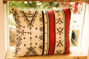 BERBER LINES - Handpainted Pillow cover by Fatimazahra Rkhami