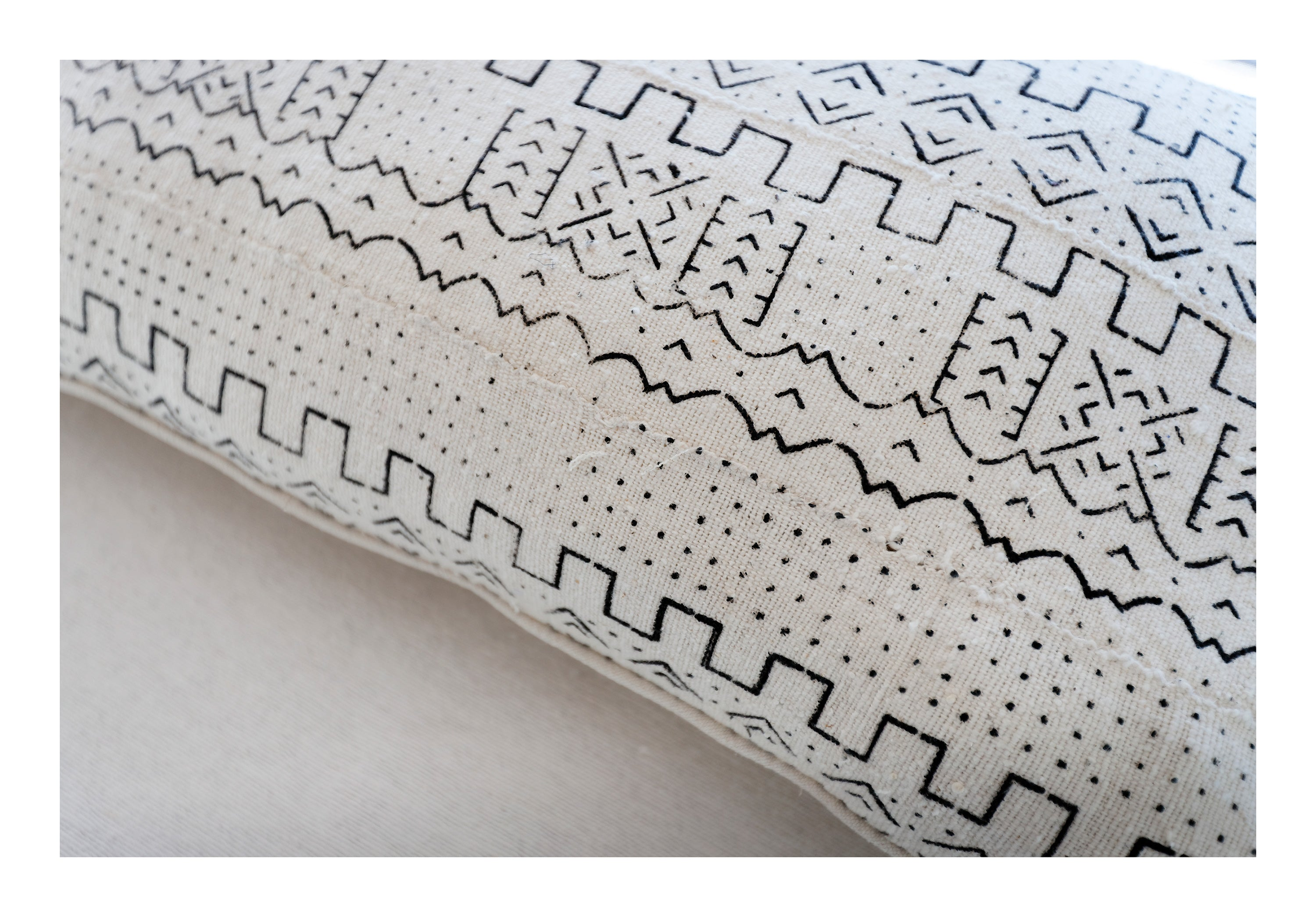 MUD CLOTH PILLOW <br /> Black & Cream - Oversize Lumbar