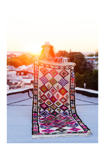 AZ ON THE ROOF - Vintage Moroccan Azilal Rug