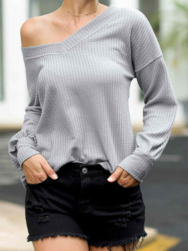 V-neck Long Sleeve Lantern Sleeve Top