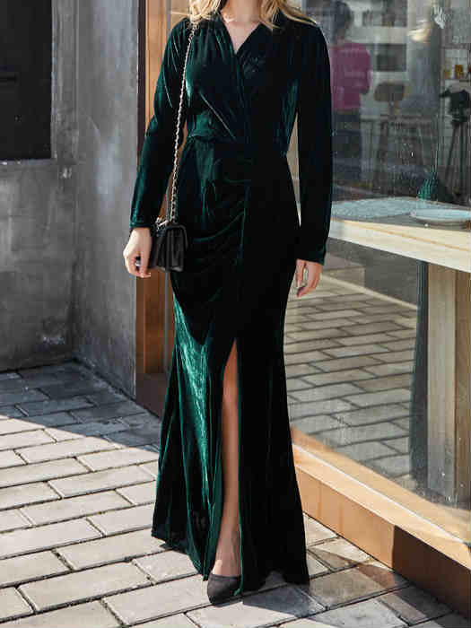 Long Sleeve Green V-neck High Side Slit Velvet Maxi Dress