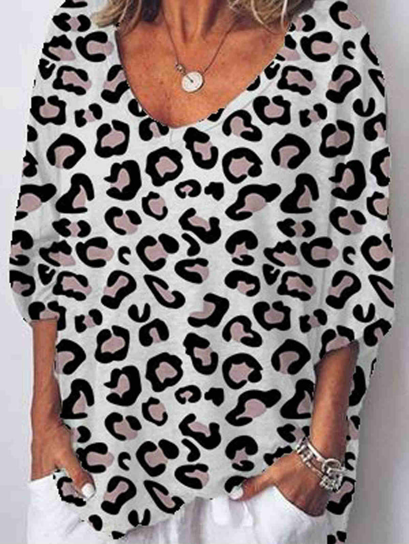 Loose Leopard Print V-neck Top