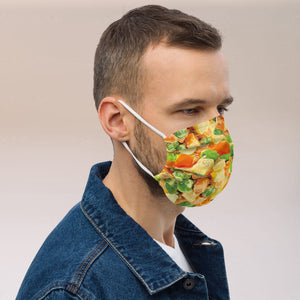 kauke veido veidui maske mask face cold beet soup pink soup lietuviskas maistas.dovana ideja dovanoti unikali rozine kauke lithuanian fashion foodroobai fudrubai foodrubai balta misraine kaimiska zirneliais olivie white salad russian salad maska mask