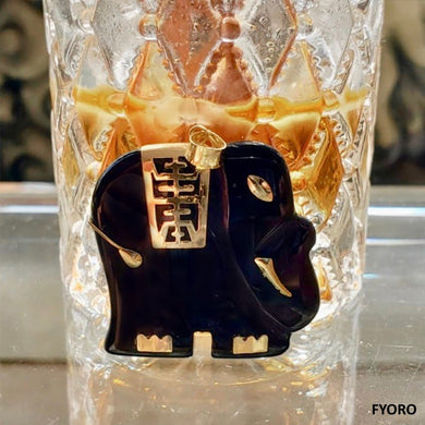 Shanghainese Onyx Elephant Pendant (with 14K Gold)