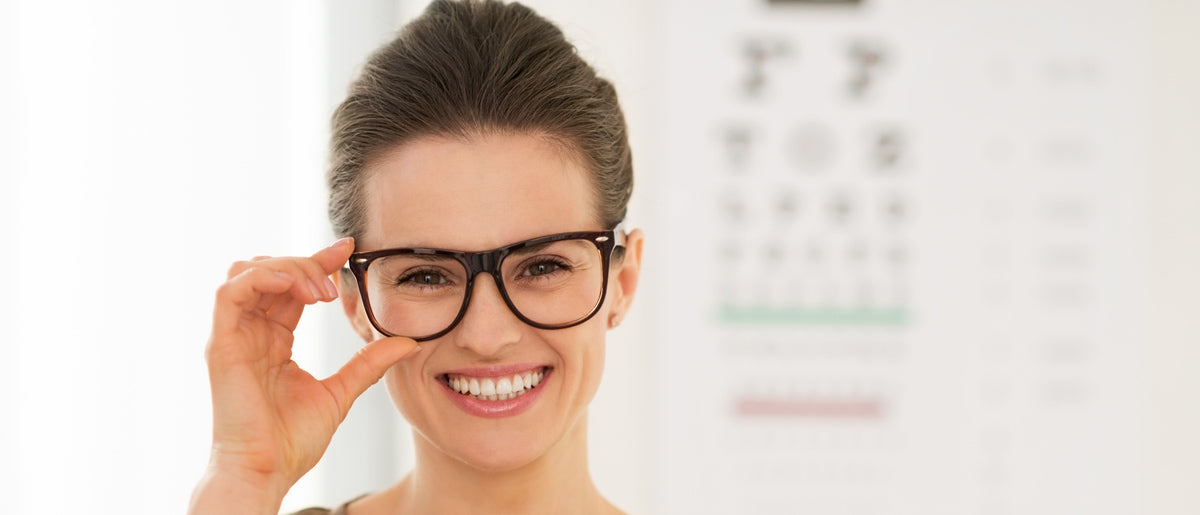 Does wearing old glasses will hurt your eyes