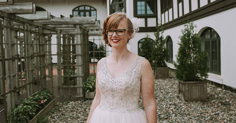 How to choose Wedding Eyeglasses Styles?