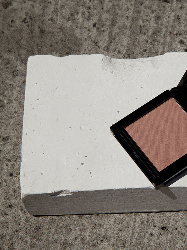 MATTE FINISH BLUSH, NUDE SAND