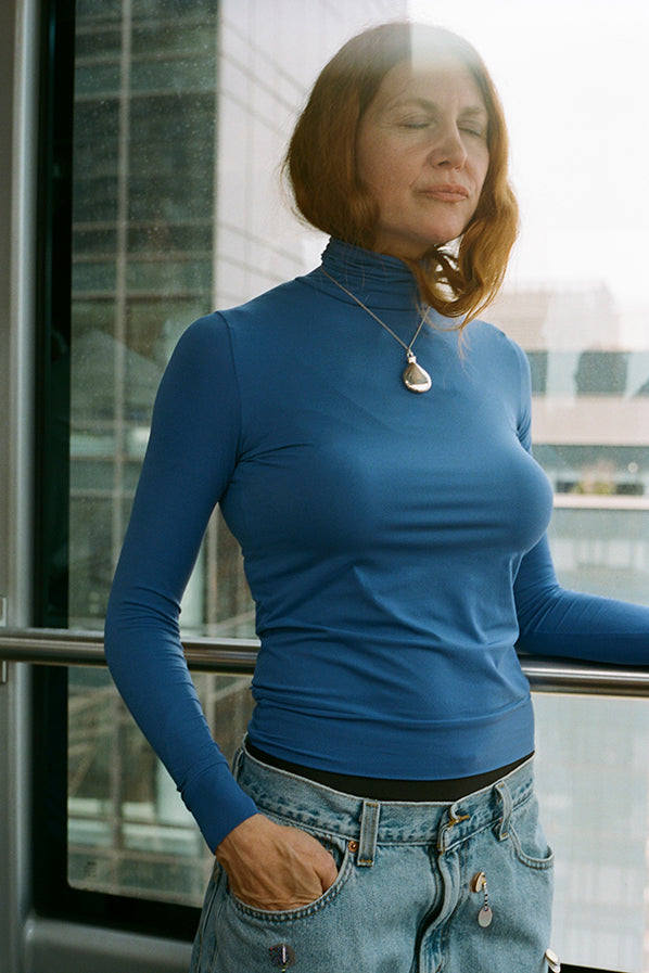TURTLENECK TOP, ELECTRIC BLUE