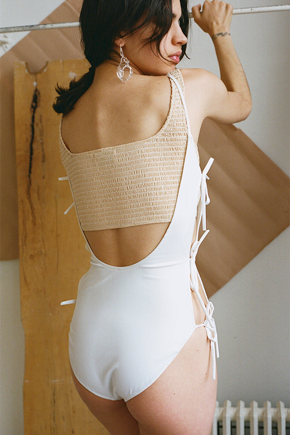 CARMEN ONE-PIECE, WHITE