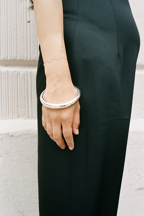 CLASSIC CIRCLE BANGLE, STERLING SILVER