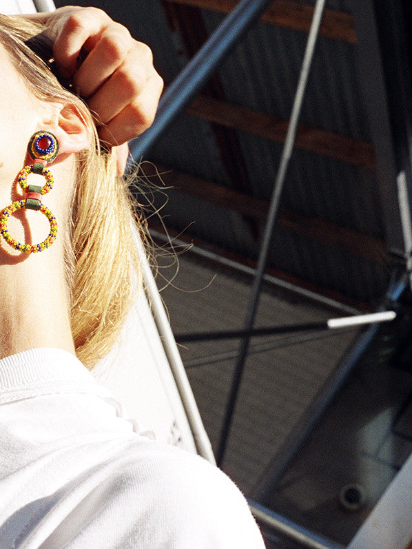 DOUBLE HOOP EARRING, YELLOW MULTI