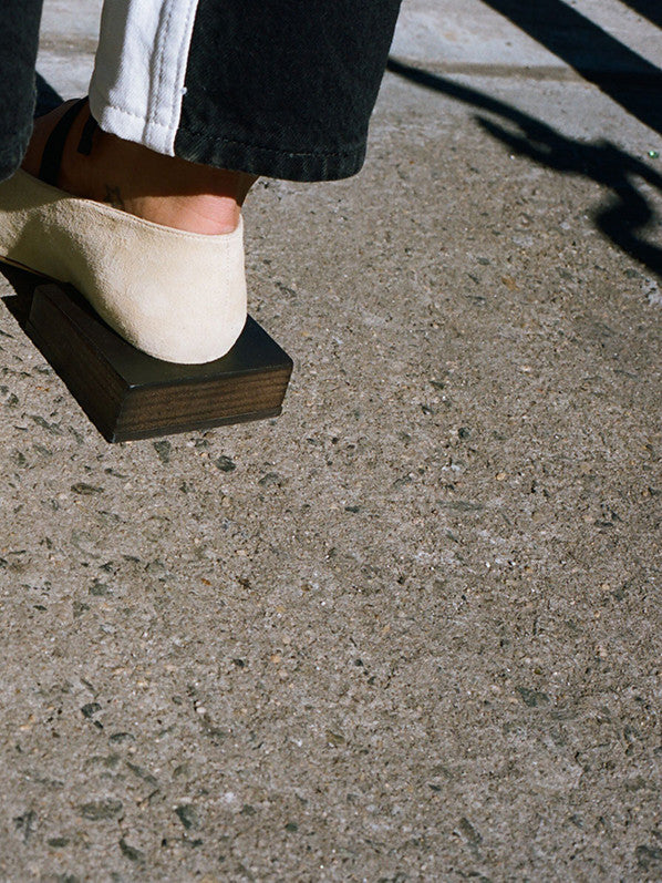 LES CHAUSSURES LACEES, BEIGE