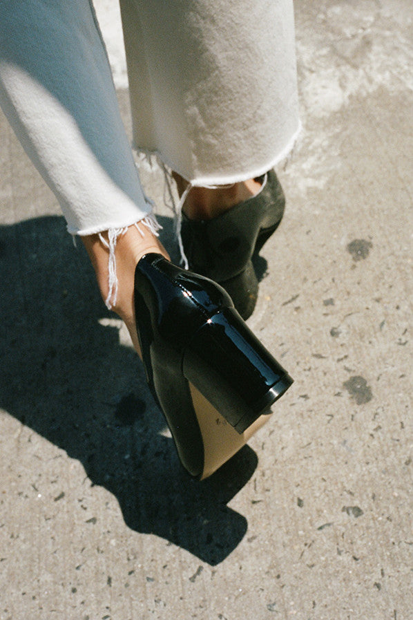 MARYAM PUMP, BLACK PATENT