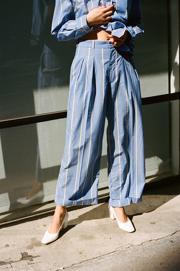 PLEATED TROUSERS, BLUE/YELLOW LARGE STRIPES