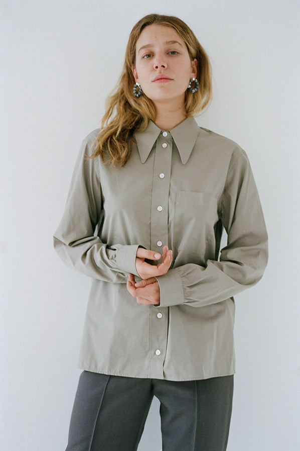 POINTED COLLAR SHIRT, CAFE AU LAIT