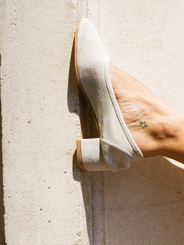 ROBERTA HEEL, DIRTY WHITE SUEDE