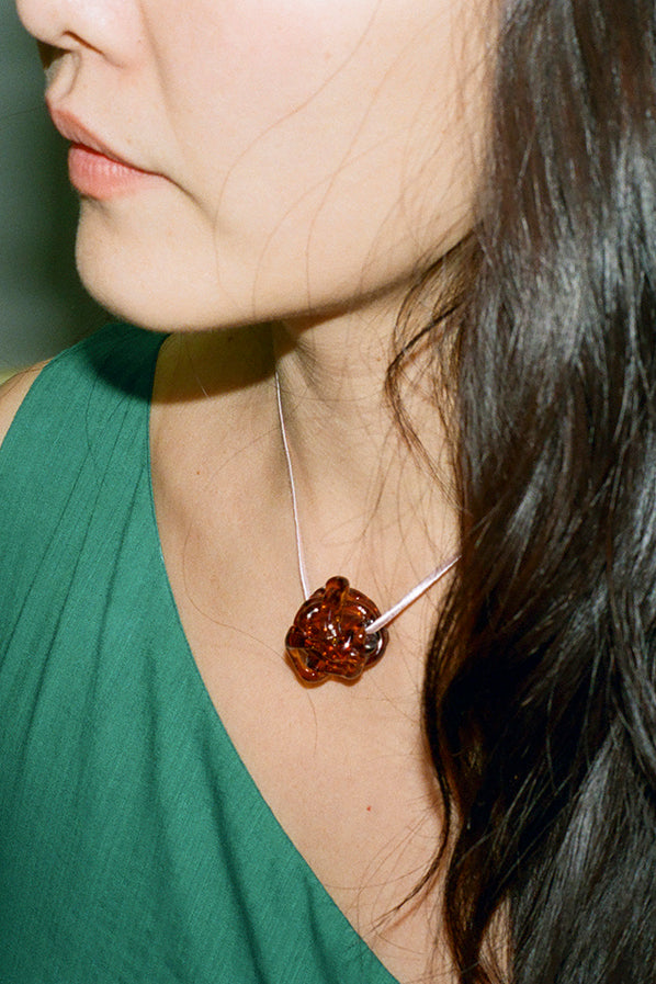 ROCK NECKLACE, AMBER
