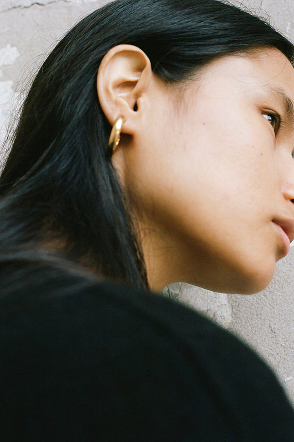 SMALL EVERDAY HOOPS, 18K GOLD VERMEIL