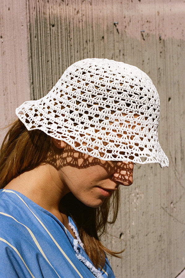 GRANNY CROCHET HAT, WHITE