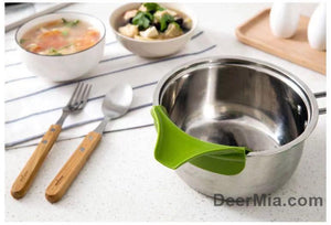 Silicone pan side funnel prevents leaks-homeware