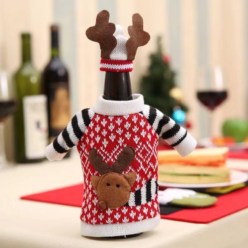Merry Christmas Decorations - Knitted Wine Bottle Set